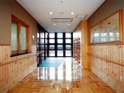 画像:ケアハウス和久田苑1階エントランス