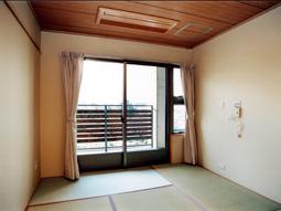 画像:ケアハウス和久田苑2階居室(和室)