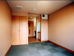 画像:ケアハウス和久田苑2階居室(洋室)